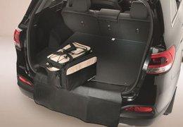 Bumper flap for trunk mat